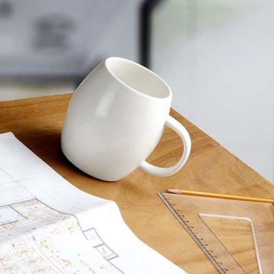 TAZA ANTIDERRAMES La taza antiderrames sin duda es un diseño original con su chupon evita que se caiga tu cafecito se puede imprimir